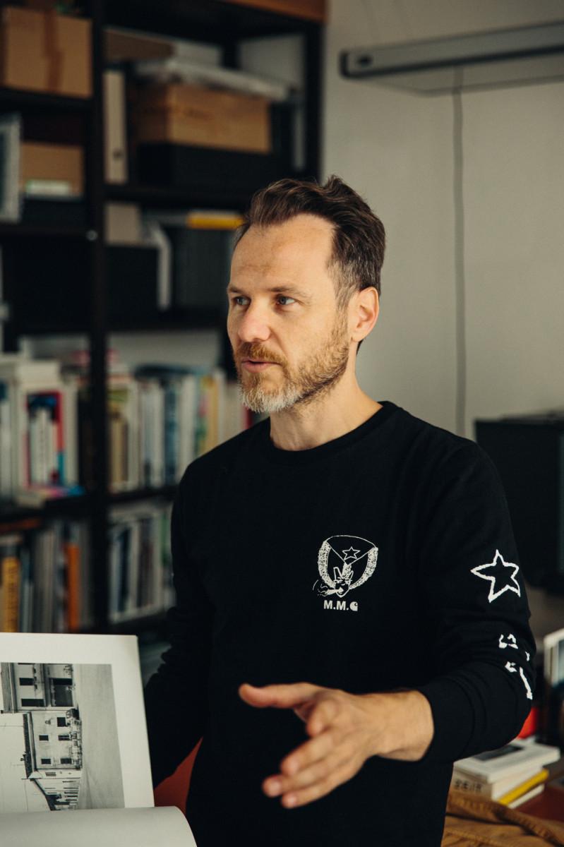 a discourse on berlin s urban landscapes with photographer noshe freunde von freunden. Black Bedroom Furniture Sets. Home Design Ideas