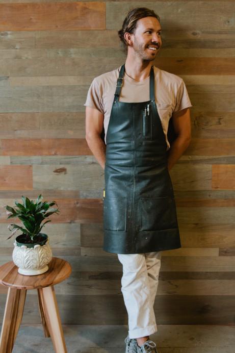 Freunde von Freunden — Sean Woolsey — Artist & Furniture Maker, House & Studio, Costa Mesa, California — http://www.freundevonfreunden.com/interviews/sean-woolsey/