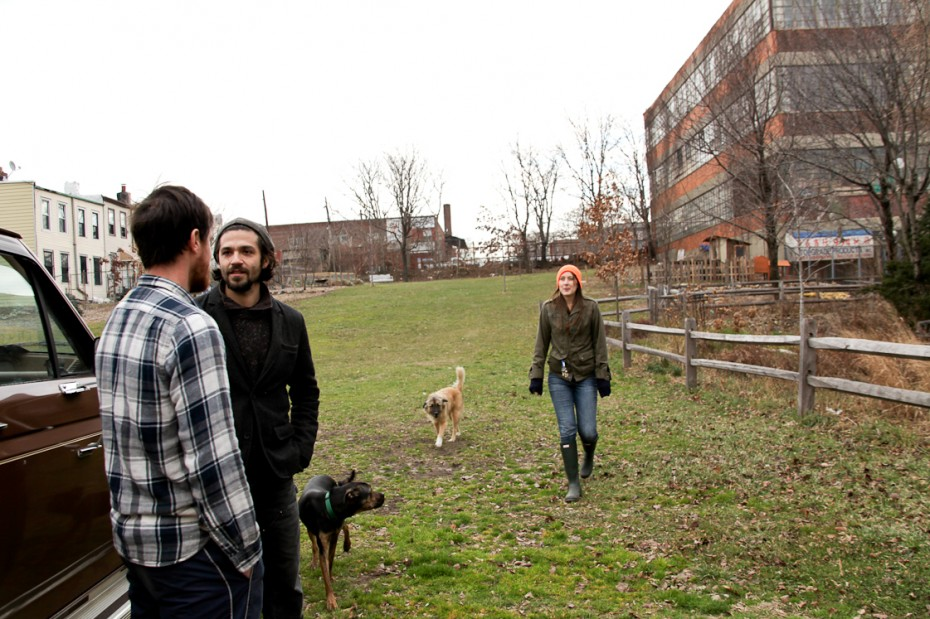 Freunde von Freunden — Adam Brown — Musician, Onderdonk House, New York, Queens — http://www.freundevonfreunden.com/interviews/adam-brown/