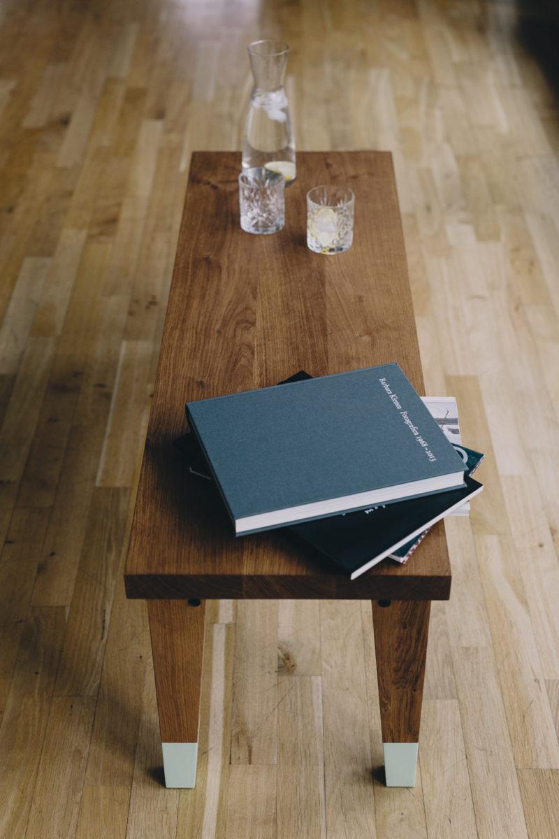 Fest am Boden stehend: Albrecht von Alvensleben entwirft Tische für ...