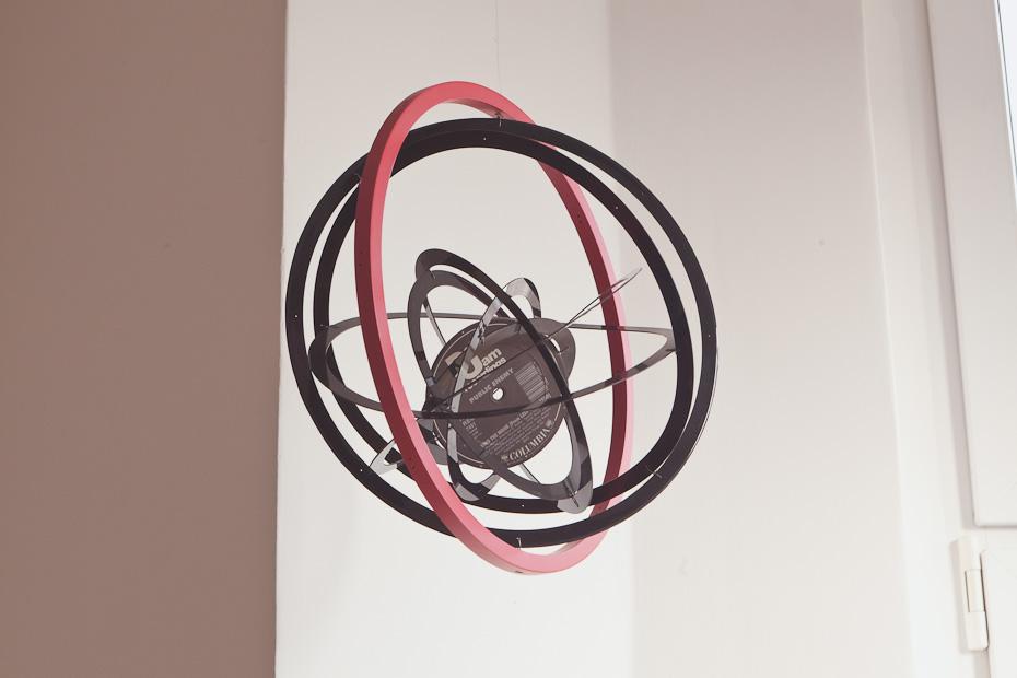 Freunde von Freunden — Alicja Kwade & Gregor Hildebrandt — Artists, Apartment, Berlin-Mitte — http://www.freundevonfreunden.com/de/interviews/alicja-kwade-and-gregor-hildebrandt/