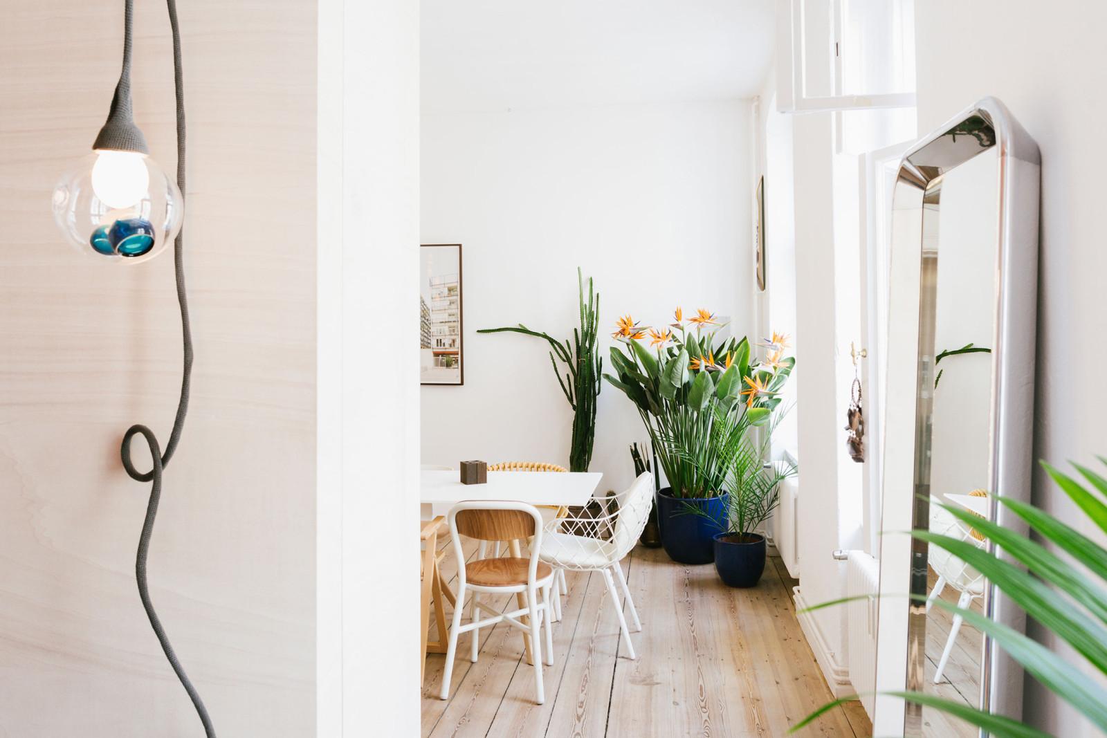 the apartment freunde von freunden. Black Bedroom Furniture Sets. Home Design Ideas
