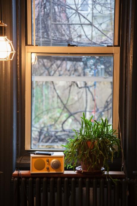 Freunde von Freunden — Delfina Balda — Sommelière & Designer , Apartment & Neighbourhood, Greenpoint, New York — http://www.freundevonfreunden.com/interviews/delfina-baldassare/
