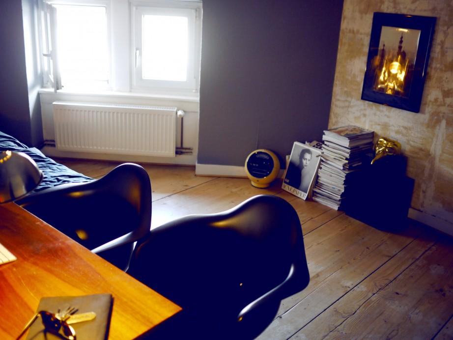 Freunde von Freunden — Douman Pour — Interior Designer, Apartment & Bar, Hauptbahnhofviertel, Frankfurt — http://www.freundevonfreunden.com/de/interviews/douman-pour/