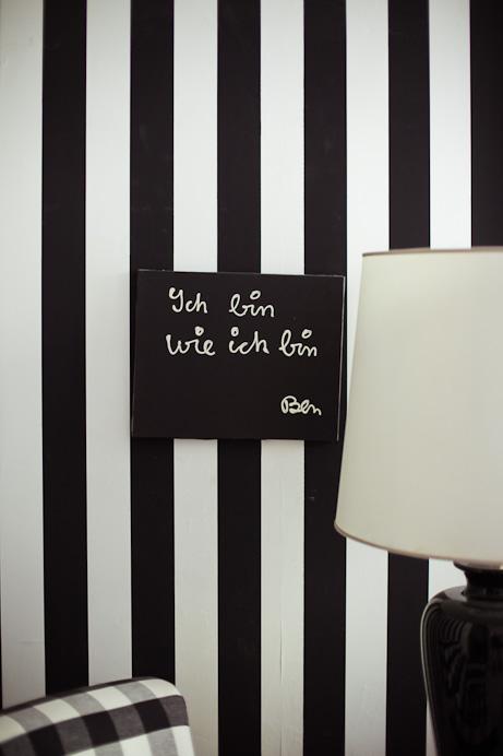 Freunde von Freunden — Elvira Bach — Künstlerin, Apartment und Atelier, Berlin-Charlottenburg — http://www.freundevonfreunden.com/interviews/elvira-bach/