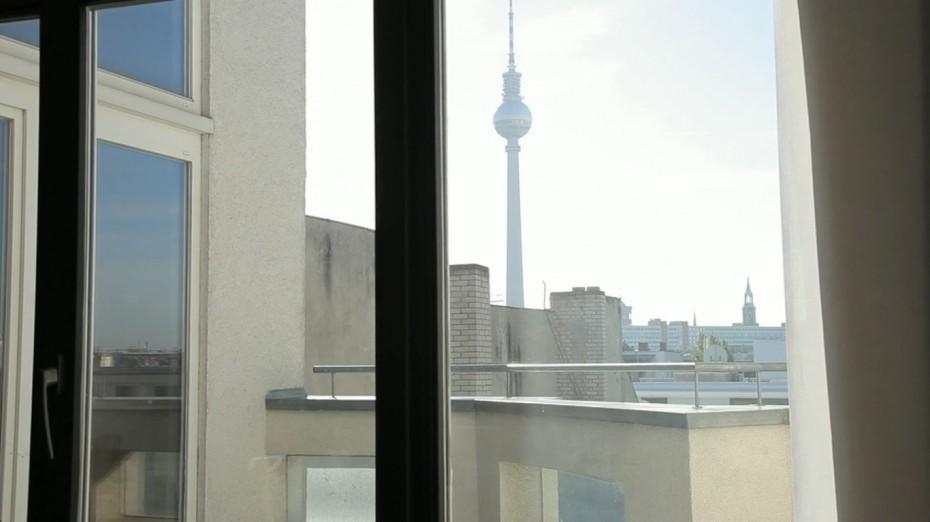 Freunde von Freunden — Eric Wahlforss — Musician and Entrepreneur, Apartment & Office, Mitte, Berlin — http://www.freundevonfreunden.com/interviews/eric-wahlforss/