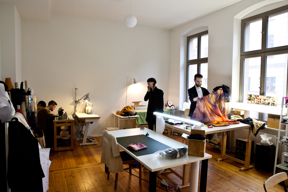 Freunde von Freunden — Esther Perbandt — Fashion Designer, Apartment und Atelier, Berlin-Mitte — http://www.freundevonfreunden.com/interviews/esther-perbandt/