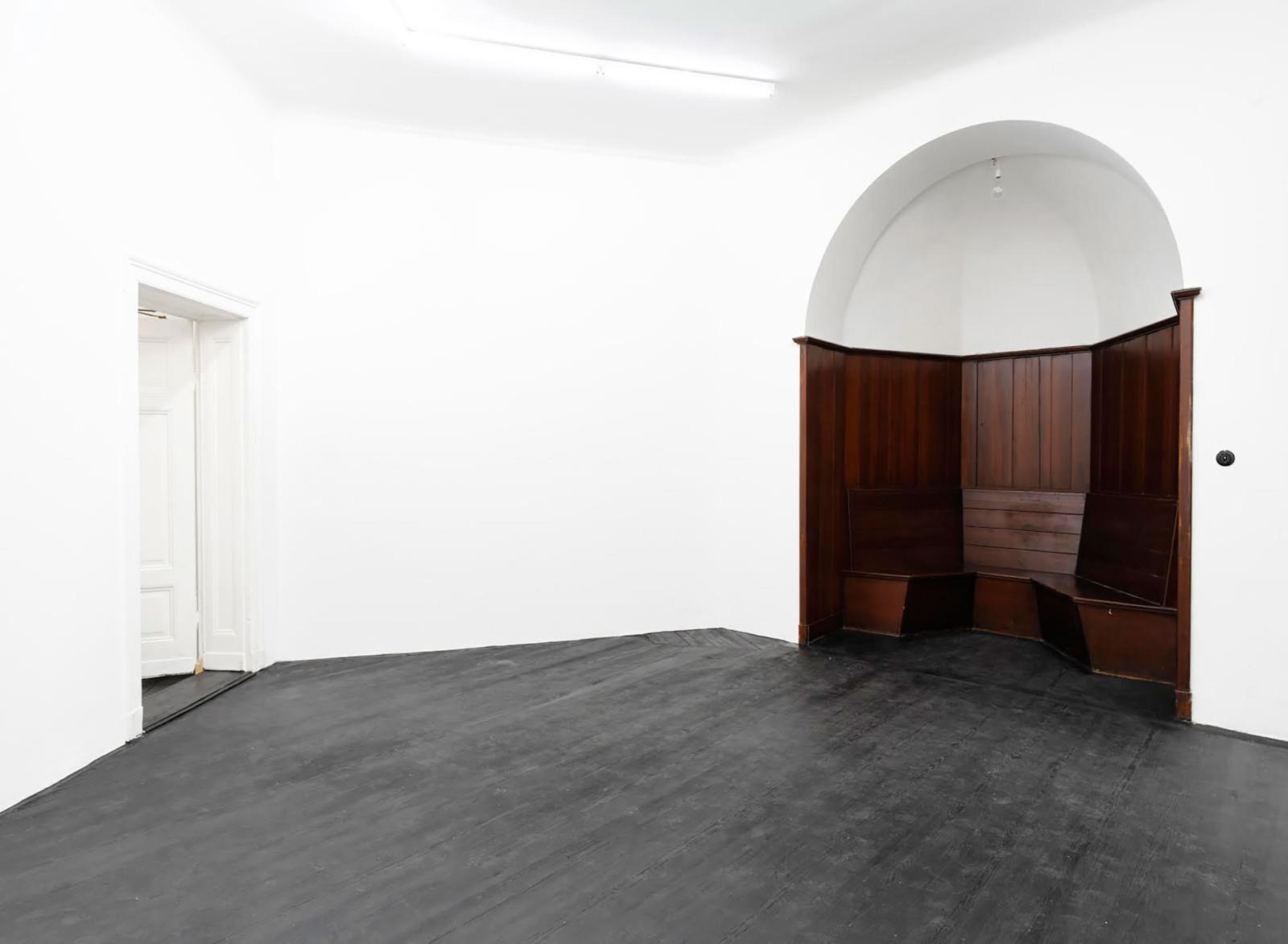 Galerie Isabella Bortolozzi, Berlin, 2010 Photo: Michel Bonvin
