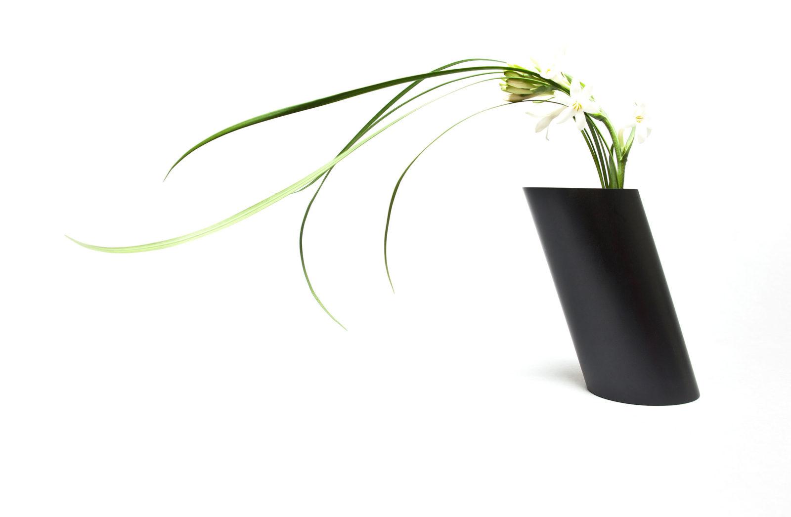 Bana Double Flower Vase, Photo: Vincent Chaigne