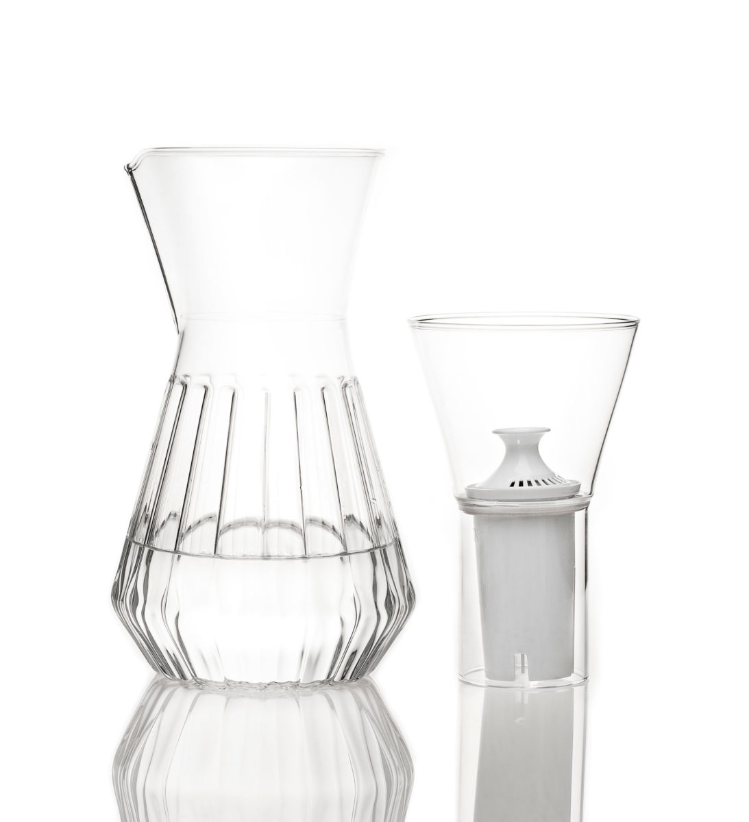Fluted Talise Carafe, Photo: Lara Kastner
