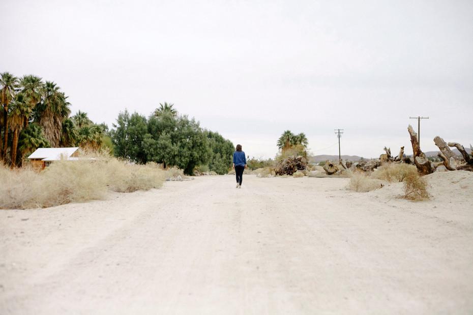 Freunde-von-Freunden-Joshua-Tree-park-desert-trip-claire-cotrell-laurence-spencer-king-002b