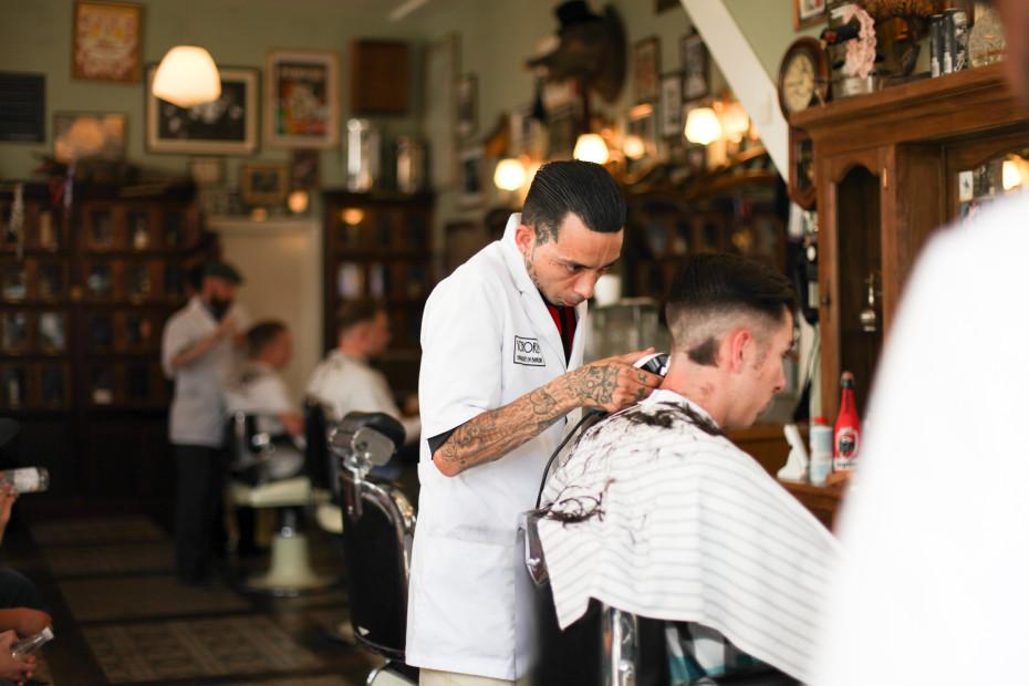 Freunde-von-Freunden-Schorem-Haarsnijder-en-Barbier-IMG_2573