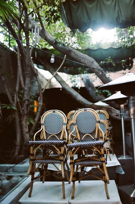 Freunde von Freunden — Gloria Noto — Editor and Make-Up-Artist, Apartment, Los Angeles — http://www.freundevonfreunden.com/interviews/gloria-noto/