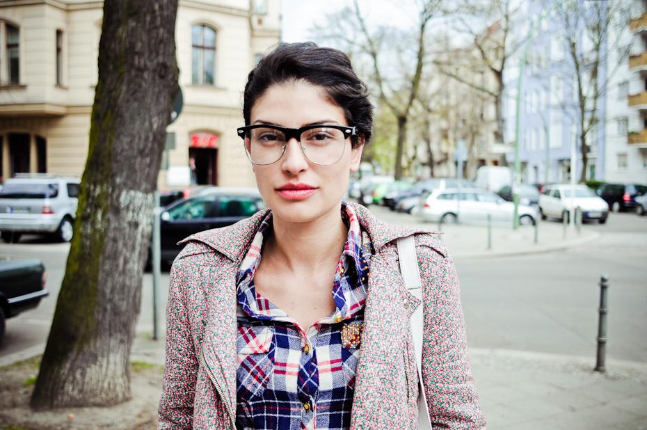 Freunde von Freunden — Helena Kapidzic — Make-Up Artist und Gründerin von Niconé,  Apartment, Berlin-Charlottenburg — http://www.freundevonfreunden.com/de/interviews/helena-kapidzic/