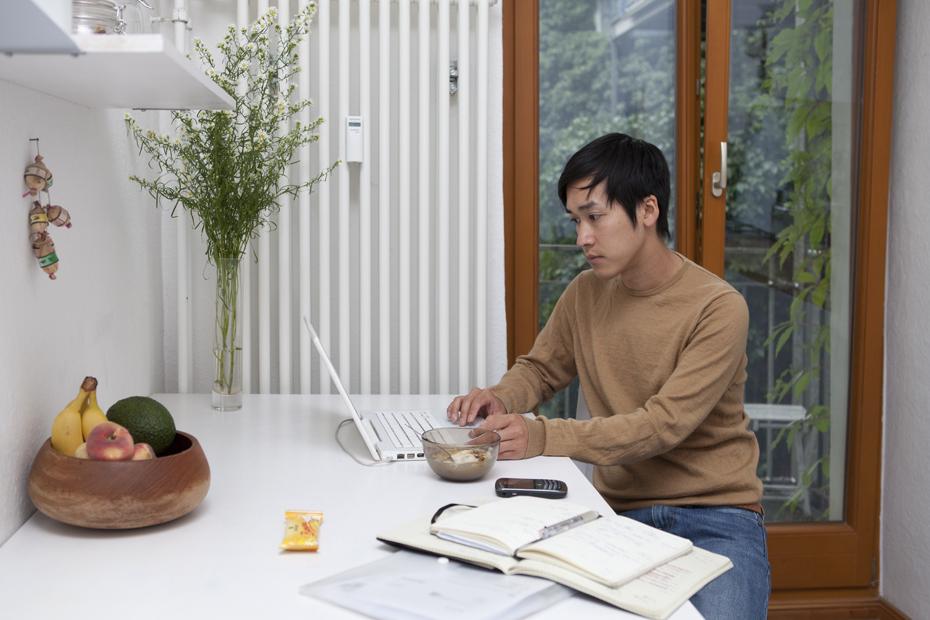 Freunde von Freunden — Hien Le — Fashion Designer, Apartment and Studio, Berlin-Kreuzberg — http://www.freundevonfreunden.com/de/interviews/hien-le/