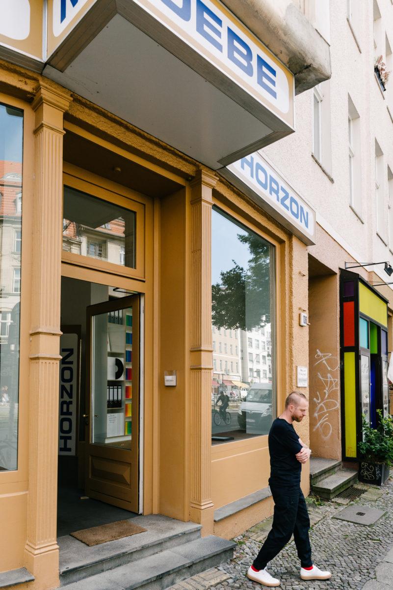 entrepreneur ansgar oberholz talks about digital change and his workplace freunde von freunden. Black Bedroom Furniture Sets. Home Design Ideas