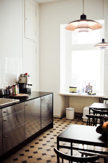 Freunde von Freunden — Ines Colmorgen + André Wyst — Unternehmerin und Art Director, Apartment, Berlin-Mitte — http://www.freundevonfreunden.com/de/interviews/ines-colmorgen-plus-andre-wyst/