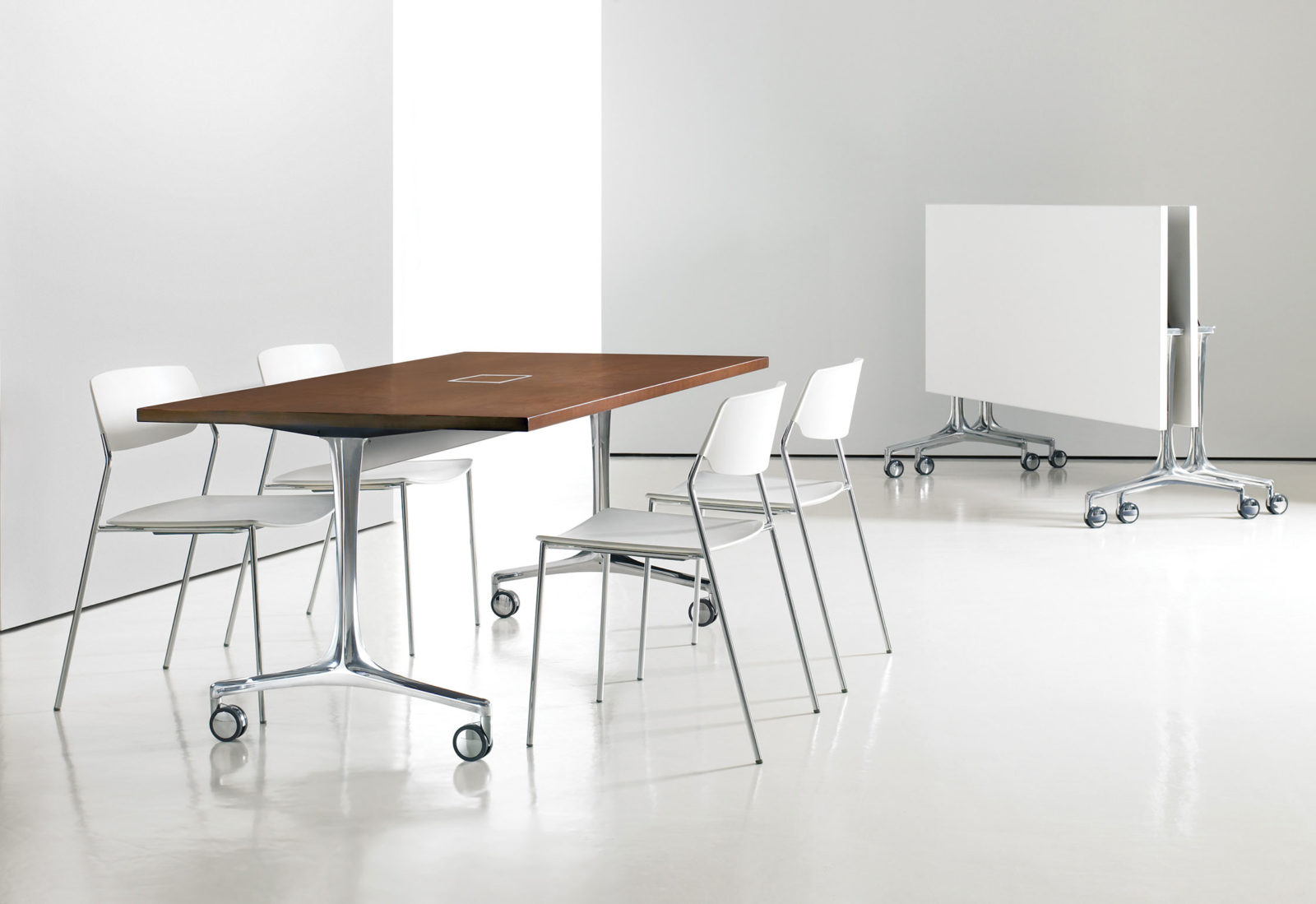 Serif Task Table for Bernhardt Design, 2011