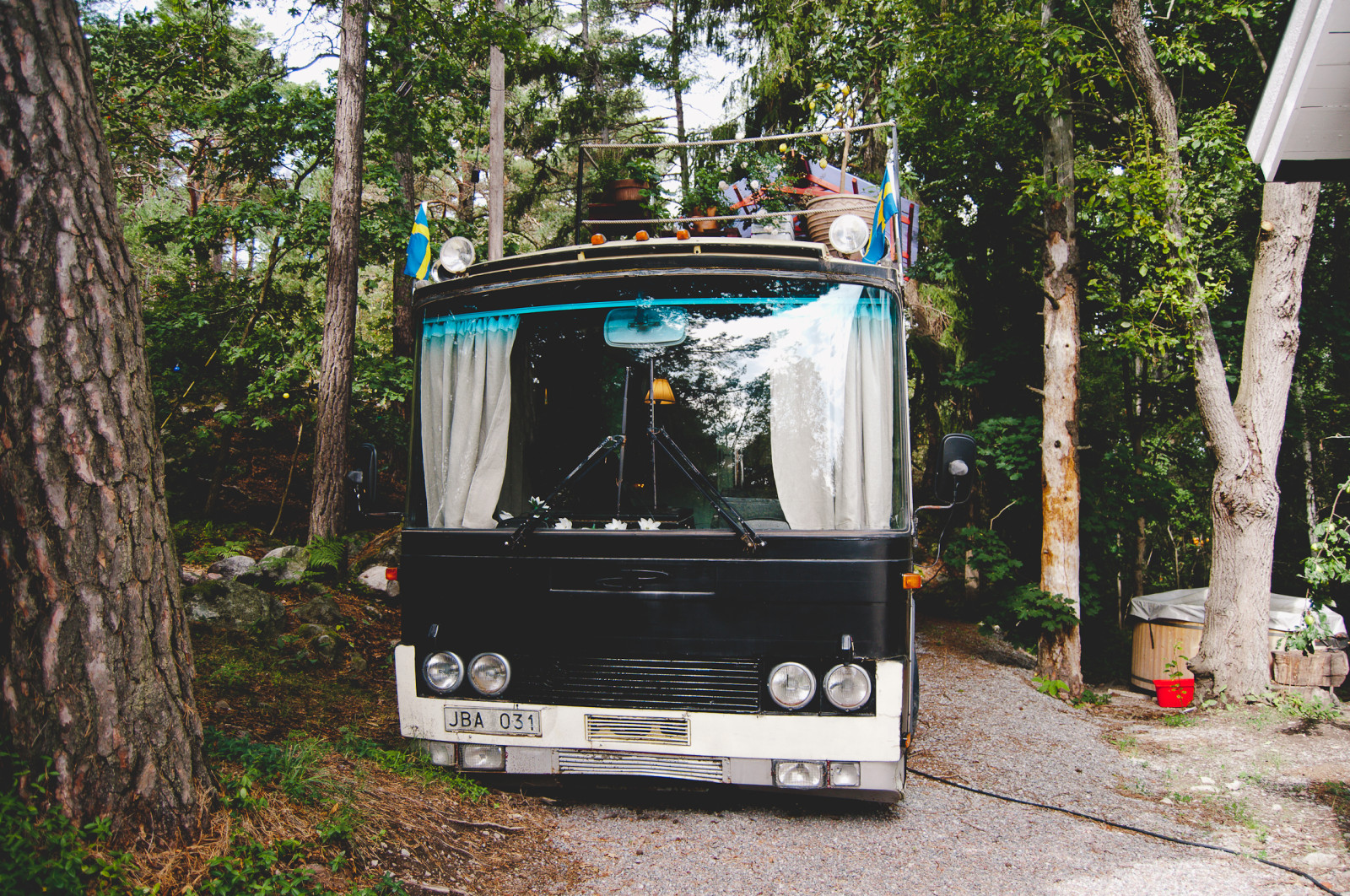 Stina and Jon's home and vintage bus is situated in one of Sweden's oldest housing communities 'Vita Hästen'.