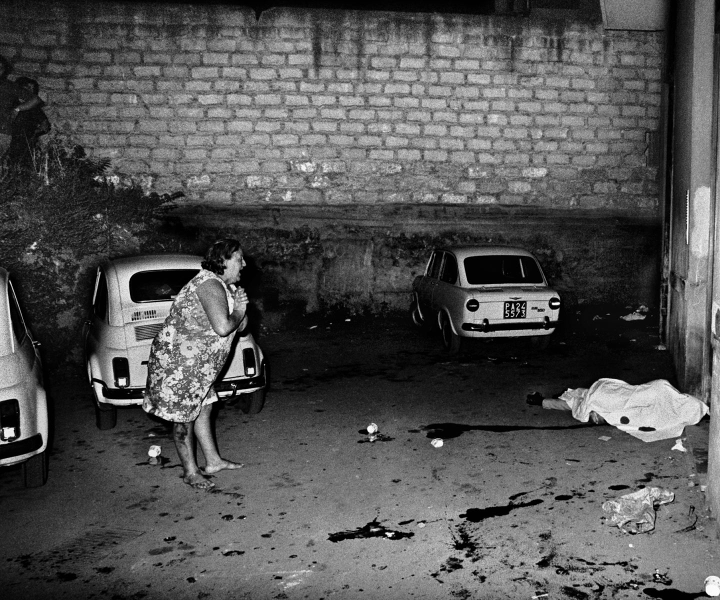 (EN) Film subject Letizia Battaglia's photo of a Mafia killing crime scene in Palermo in Shooting the Mafia, directed by Kim Longinotto. Photo credit: Letizia Battaglia. Courtesy of Lunar Pictures.