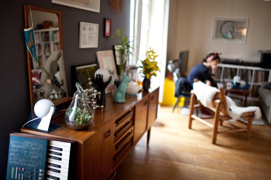 Freunde von Freunden — (English) Leslie David — Graphic designer and illustrator, Apartment & Studio, 9ème Arrondissement, Paris —