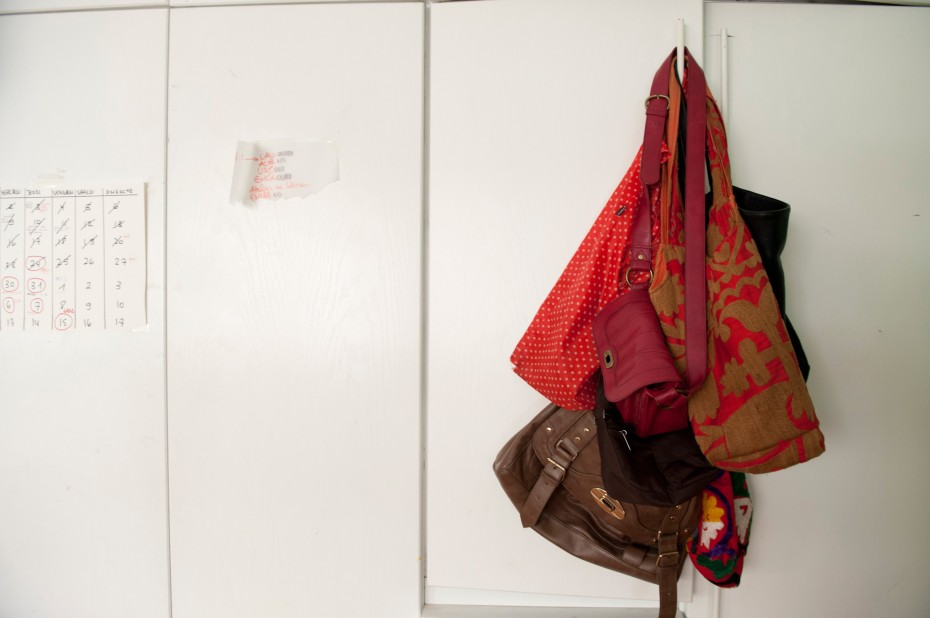 Freunde von Freunden — Loulwa Beydoun — Illustrator, Apartment, Ras El Nabaa, Beirut —