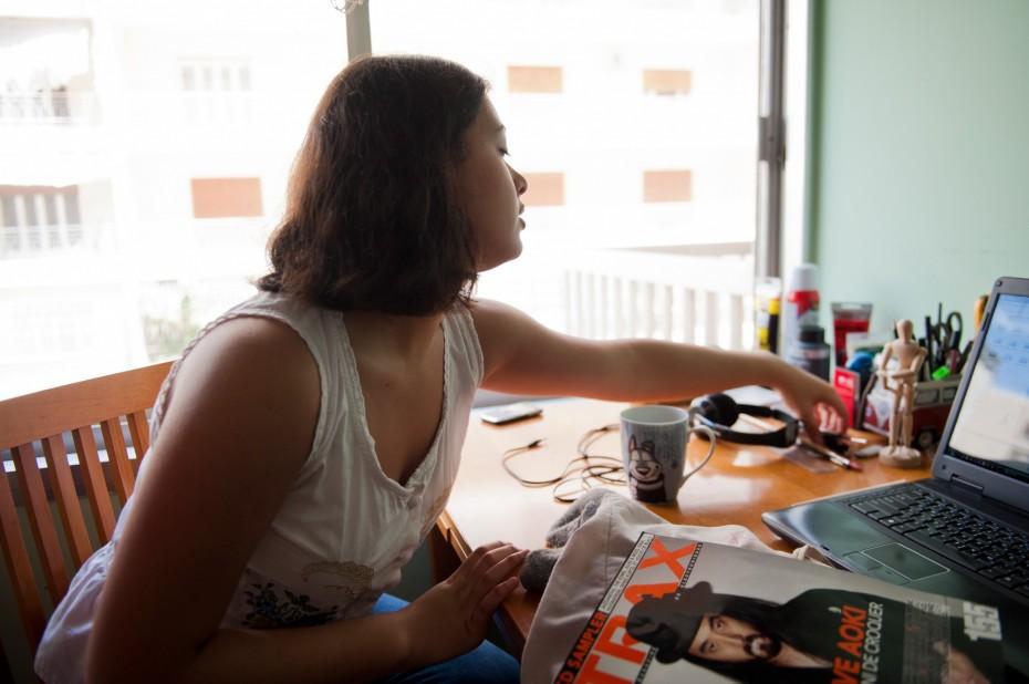 Freunde von Freunden — (English) Loulwa Beydoun — Illustrator, Apartment, Ras El Nabaa, Beirut —