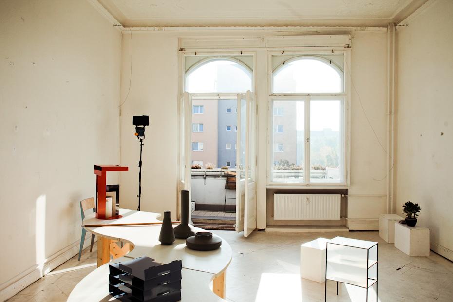 Freunde von Freunden — (English) Magnus Reed — Photographer, Apartment and Studio, Berlin-Schöneberg — http://www.freundevonfreunden.com/de/interviews/magnus-reed/
