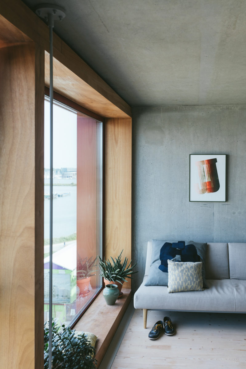 Exploring Rudimentary Details In Living Rooms