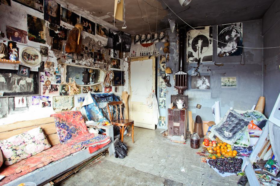 Freunde Von Freunden Melih Ozuysal Artist Apartment Istanbul Ortakoy