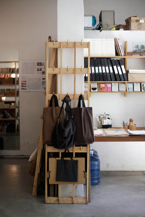 Freunde von Freunden — Mercedes Hernáez & Alejandro Sticotti — Graphic Designer & Architect, House & Studio, Olivos & Palermo, Buenos Aires — http://www.freundevonfreunden.com/interviews/mercedes-hernaez-alejandro-sticotti/