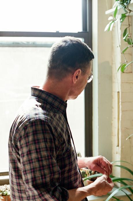 Freunde von Freunden — Michael Allen — Designer & Craftsman, Apartment, Williamsburg, New York City  — http://www.freundevonfreunden.com/interviews/michael-allen/