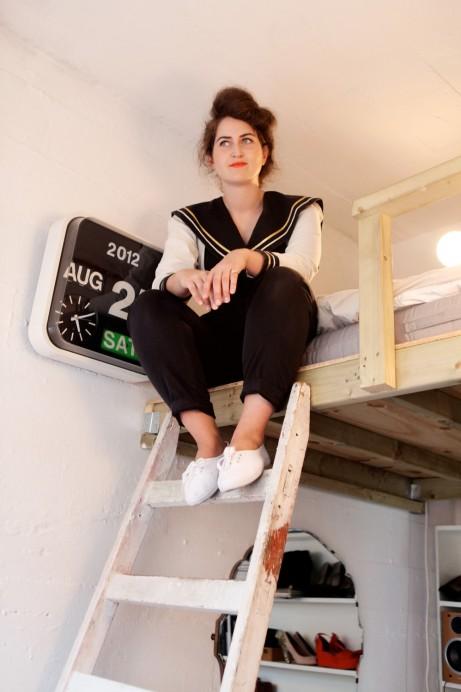 Freunde von Freunden — Monica and Petra Storrs — Make-up Artist & Art Director, Apartment, Hackney, London — http://www.freundevonfreunden.com/interviews/monica-petra-storrs/
