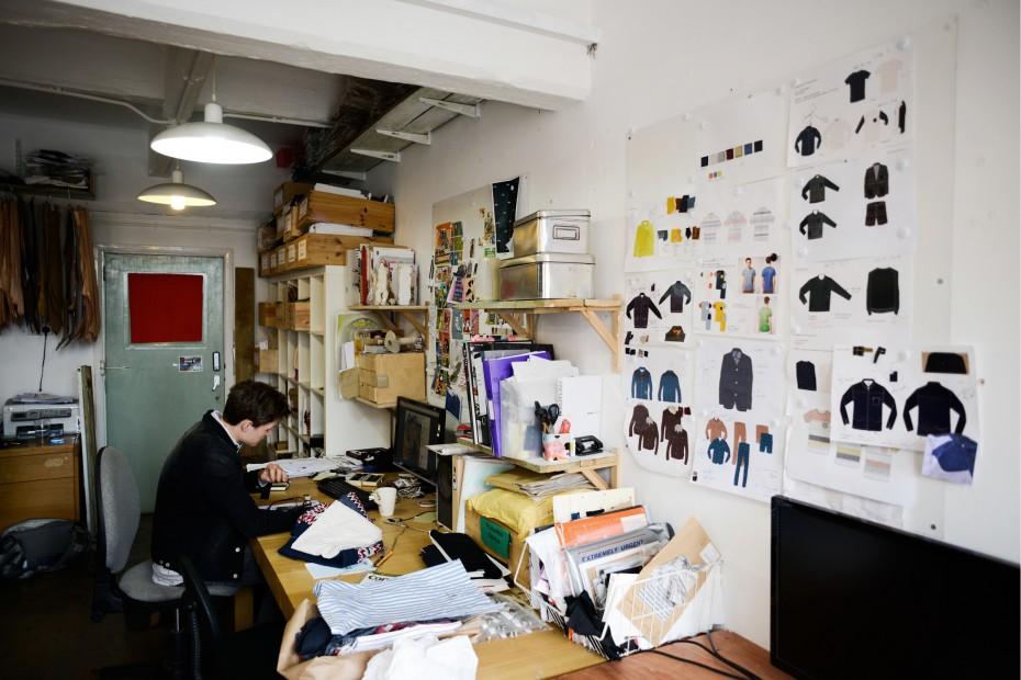 Freunde von Freunden — Olivia Hegarty — Fashion Designer, Apartment & Studio, Hackney, London — http://www.freundevonfreunden.com/interviews/olivia-hegarty/