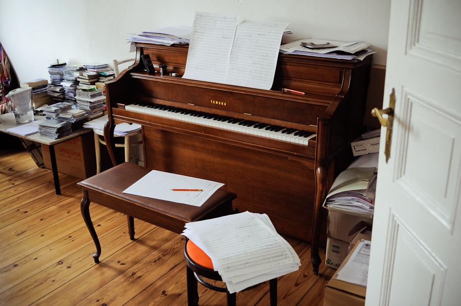 Freunde von Freunden — Paul Frick — Komponist und Musiker, Apartment, Berlin-Kreuzberg —