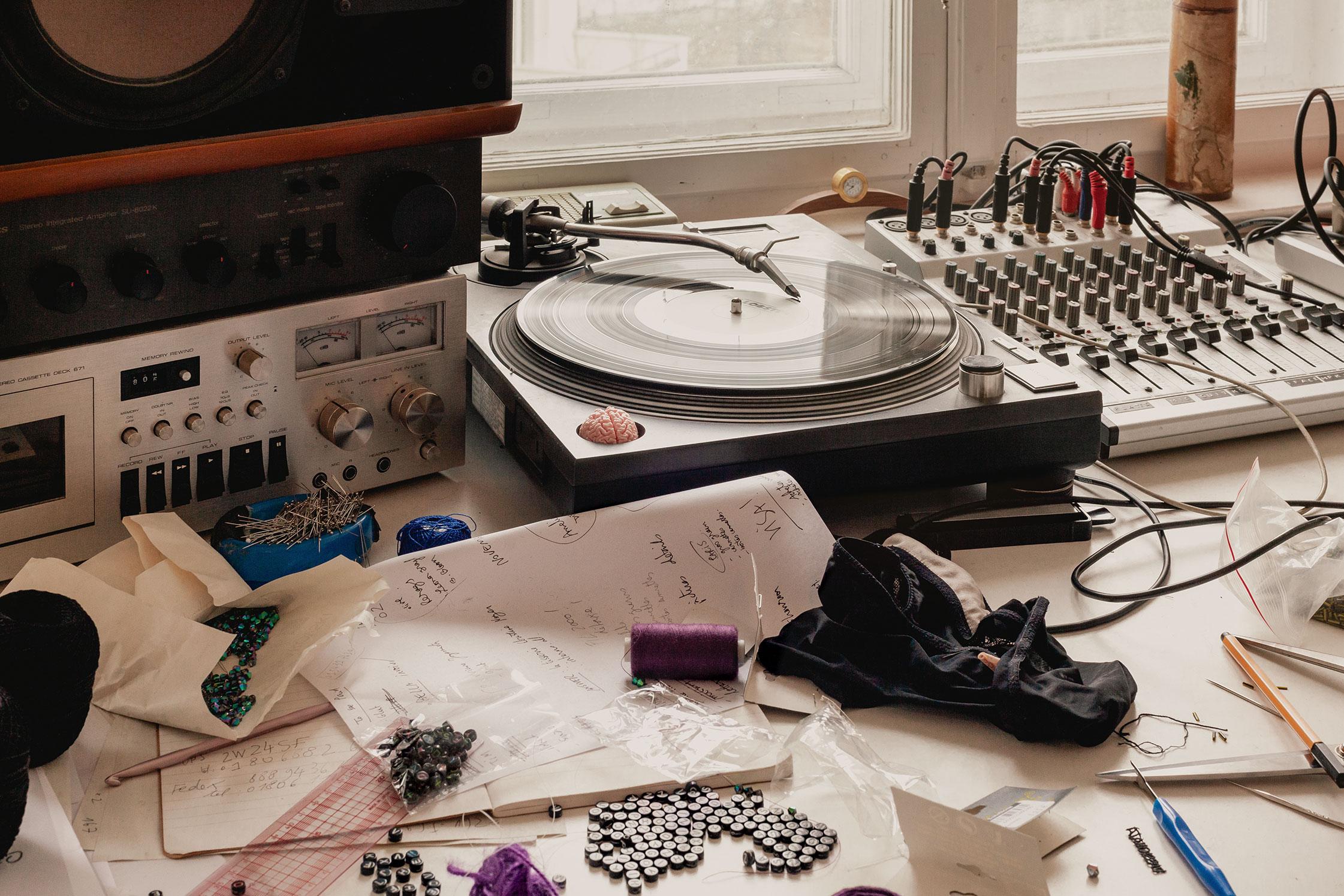 FvF Mixtape #160: Odély Teboul