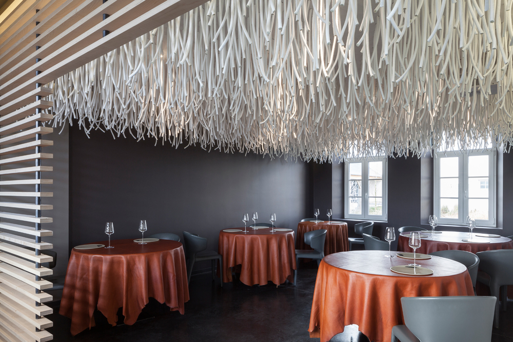 <em>LIANES / L'air du temps</em>, At the two-star Michelin restaurant owned by Sang-Hoon Degeimbre, 2015