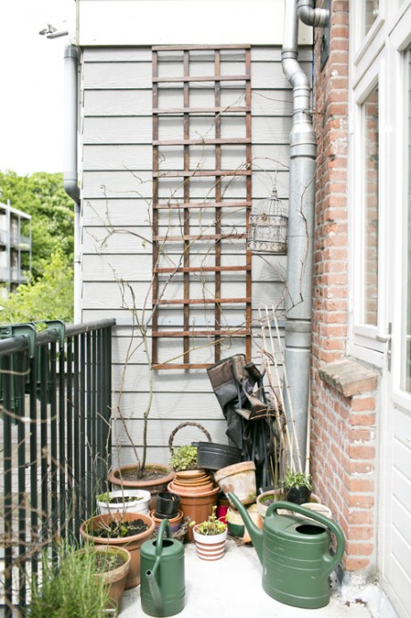 Freunde von Freunden — Renske Jonkman — Author and Journalist, Apartment, Amsterdam West, Amsterdam —