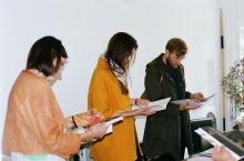 Freunde-von-Freunden-Claire-Cottrell-Book-Stand
