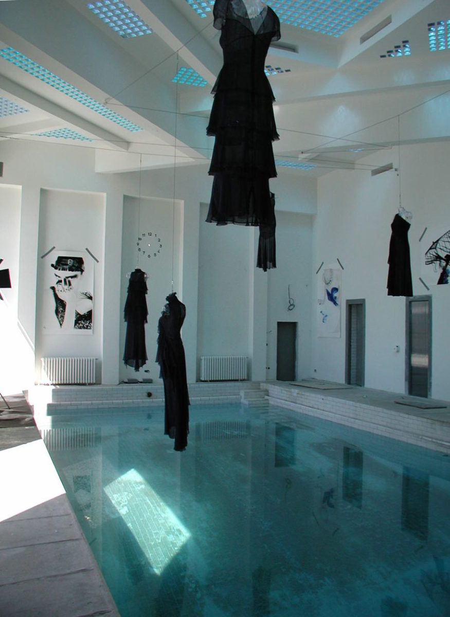 Exposition, Karl Lagerfeld. Archives 2002. © VILLA NOAILLES