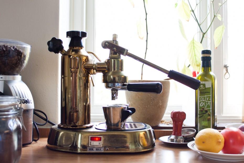 Freunde von Freunden — Thomas Cruz Kollberg — Self-Made Man, Apartment, Food Stand and Brewery, Gothenburg — http://www.freundevonfreunden.com/interviews/thomas-cruz-kollberg/