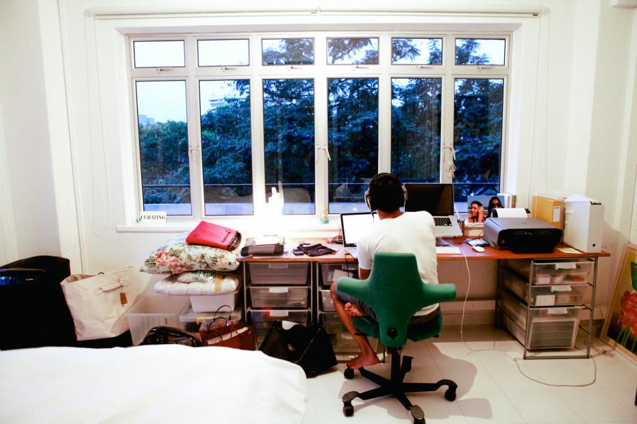 Freunde von Freunden — Tracy Phillips — Agency owner, Apartment, Newton, Singapore — http://www.freundevonfreunden.com/interviews/tracy-phillips/