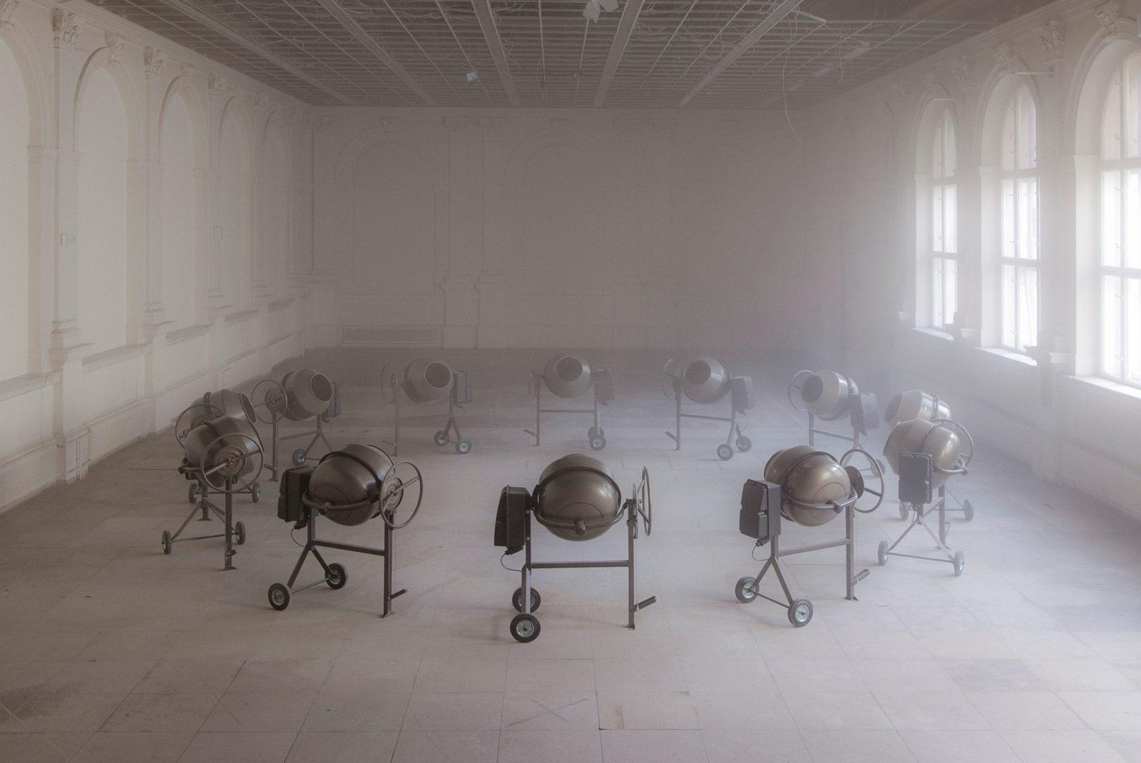 (EN) Julius von Bismarck & Julian Charriére, Clockwork, 2014, courtesy alexander levy, Berlin & DITTRICH & SCHLECHTRIEM, Berlin