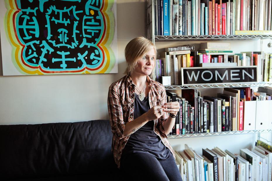 Freunde von Freunden — Wendy White — Artist, Apartment and Studio, New York City, Two Bridges and Brooklyn — http://www.freundevonfreunden.com/interviews/wendy-white/