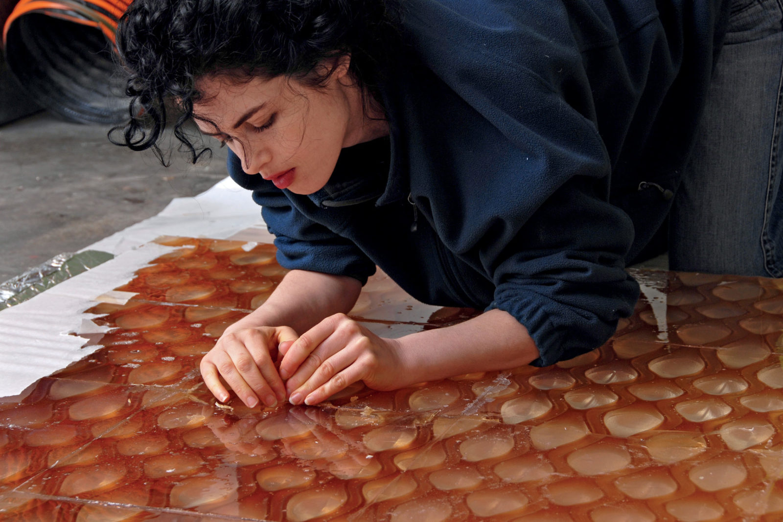 (EN) Designer Neri Oxman, 2008. Photo by Mikey Siegel, courtesy of Neri Oxman.